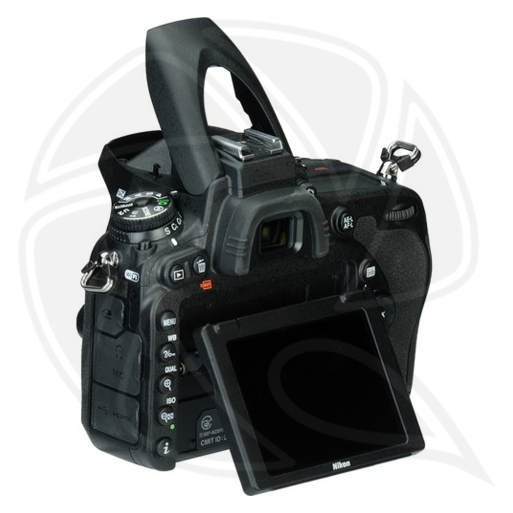 NIKON D750 BODY behind